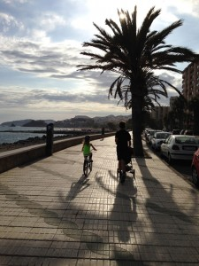 A running family in Almunecar